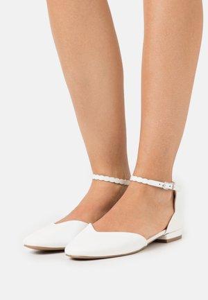 BAKER - Ankle strap ballet pumps - white