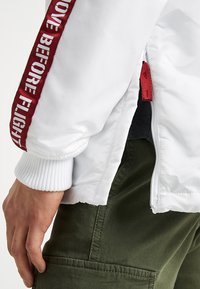 Alpha Industries - Light jacket - white - 5
