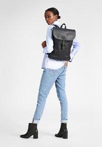 Eastpak - CIERA/CORE COLORS - Rucksack - black ink leather - 0