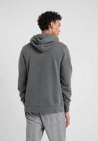 Han Kjøbenhavn - CASUAL - Hoodie - dark grey - 2