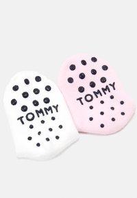 Tommy Hilfiger - BABY SOCK FLAG 4 PACK - Ponožky - pink combo - 1