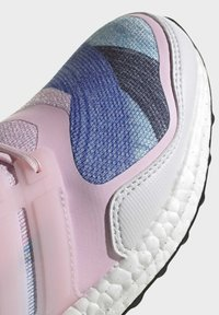 adidas Performance - ULTRABOOST S&L DNA SHOES - Zapatillas de running neutras - pink - 6