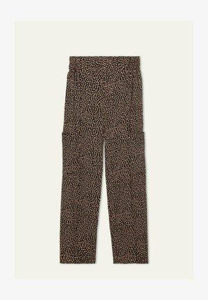 aus angerautem  mit großen Taschen - Trousers - nero/phard st.new animalier