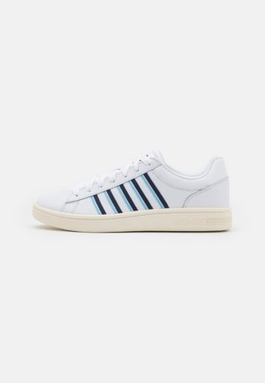 COURT WINSTON - Trainers - white/outer space/sky blue/antique white