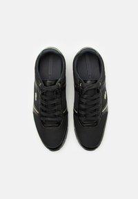 Lacoste - MENERVA - Sneakers basse - black/dark grey - 3