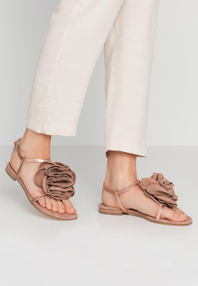 Kennel + Schmenger - ELLE - T-bar sandals - rose/skin