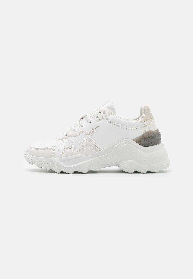 ECCLES FENIX - Sneakers laag - offwhite