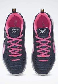 Reebok - XT SPRINTER - Stabilty running shoes - blue - 8