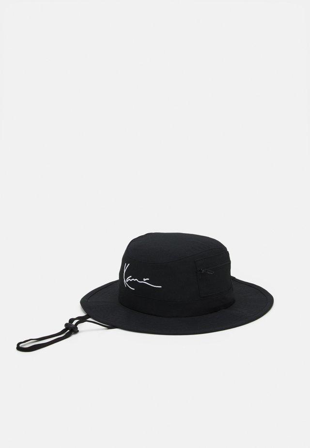 SIGNATURE FISHER HAT - Klobouk - black