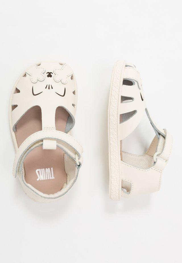 MIKO TWINS - Sandály - light beige