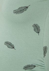 Anna Field MAMA - 3 PACK  - T-shirt z nadrukiem - black/white/green - 5