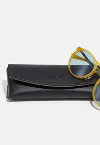 Persol - UNISEX - Sunglasses - miele - 2