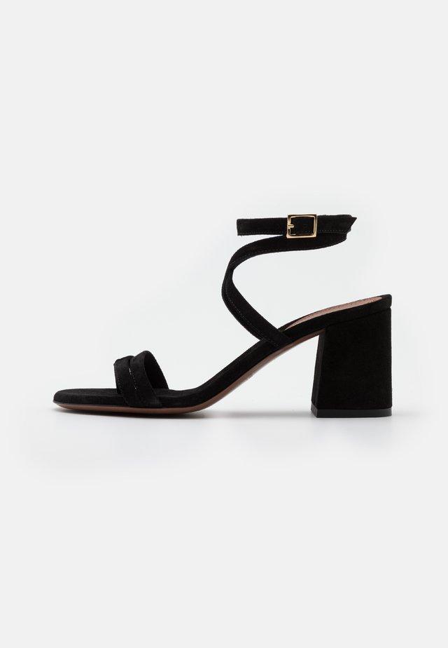 HEEL - Sandalen - black