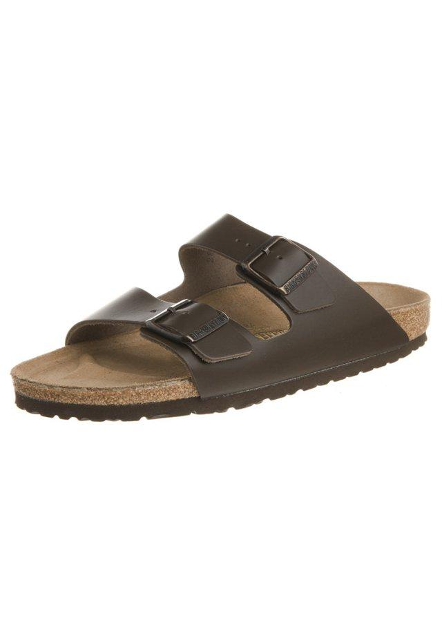 ARIZONA - Domácí obuv - dunkelbraun