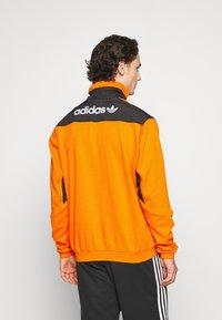 adidas Originals - ADVENTURE SPORTS INSPIRED - Felpa - orange - 2