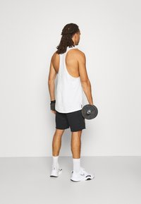 Under Armour - PROJECT ROCK TANK - Toppe - onyx white - 2