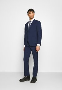 Michael Kors - SLIM FIT SUIT - Suit - navy - 0