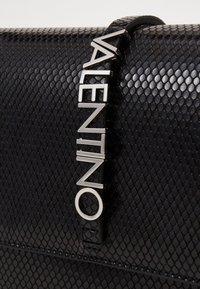 Valentino by Mario Valentino - AURE - Handbag - nero - 3