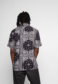 Burton Menswear London - Overhemd - black - 2