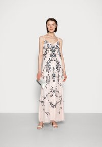 Adrianna Papell - BEADED BLOUSON GOWN - Suknia balowa - pale pink - 1