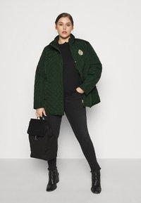 Lauren Ralph Lauren Woman - CREST QUILTED JACKET - Light jacket - hunter green - 1
