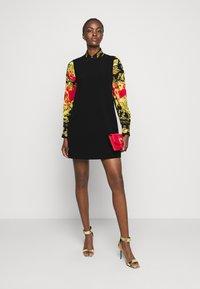 Versace Jeans Couture - LADY DRESS - Pouzdrové šaty - black - 1