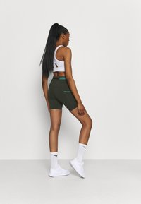 Nike Performance - EPIC LUXE  - Tights - olive - 2