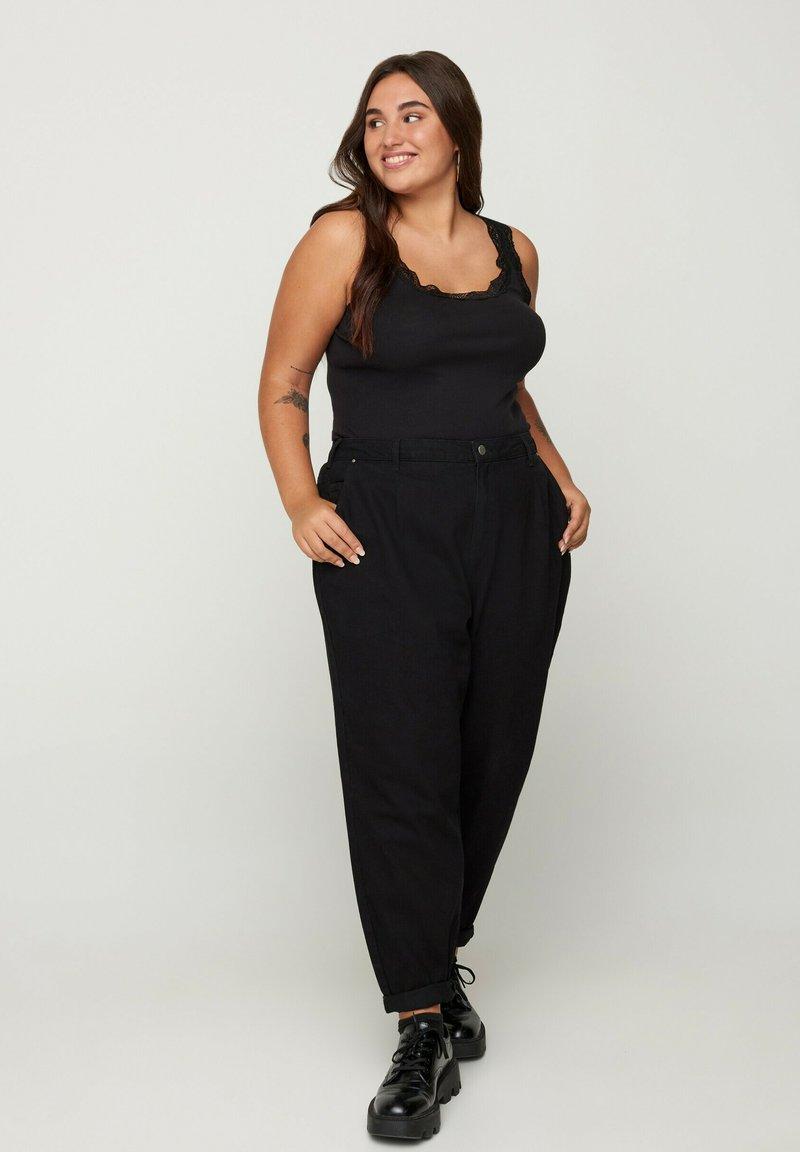 Zizzi - Jeans Tapered Fit - black