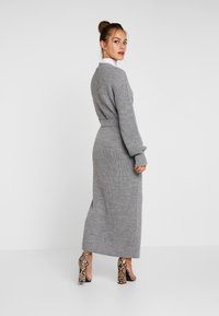 Missguided Petite - MAXI BELTED CARDIGAN - Kardigan - grey - 2