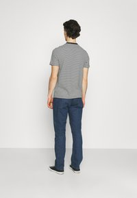Levi's® - WELLTHREAD 551Z™ AUTHENTIC STRAIGHT - Straight leg jeans - dark indigo - 2