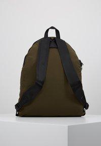 Bag N Noun - CANADA FLAP SAC - Rucksack - olive - 2