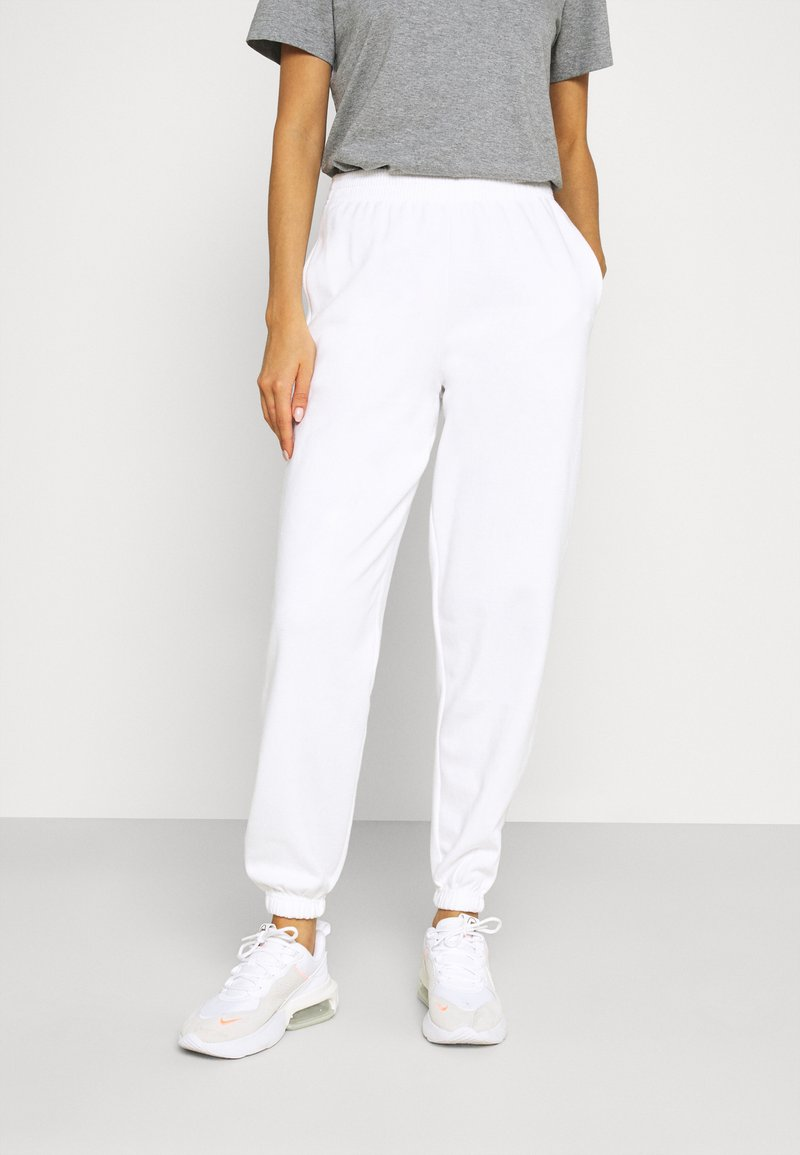 New Look - CUFFED JOGGER - Tracksuit bottoms - white