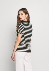 Scotch & Soda - EASY STRIPE TEE WITH CHEST EMBROIDERY - Print T-shirt - combo - 2