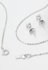 Michael Kors - PREMIUM SET - Ohrringe - silver-coloured - 2