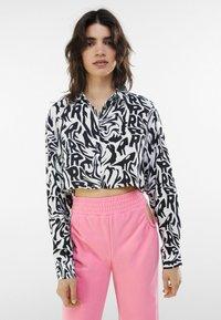 Bershka - Button-down blouse - dark grey - 0