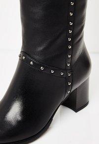 usha - Overknee laarzen - black - 6
