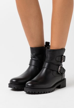 HOARA - Cowboy/biker ankle boot - black