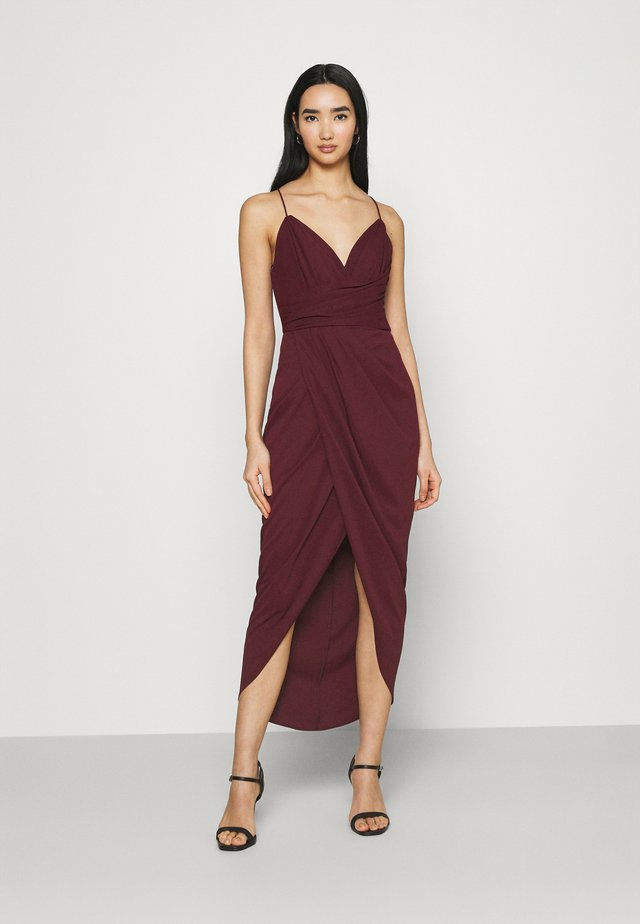 CHARLOTTE DRAPE DRESS - Etui-jurk - burgundy