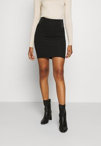 Vero Moda - VMTAVA SKIRT - Mini skirt - black - 0