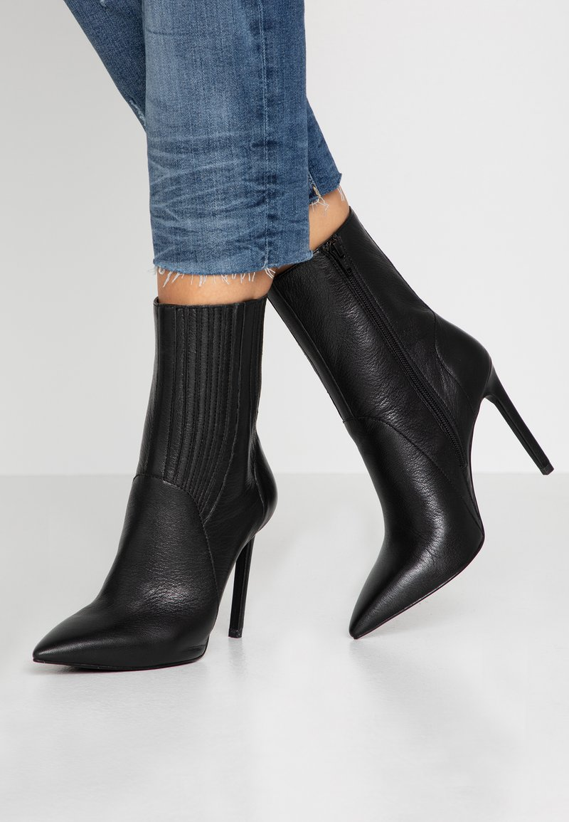 Zign - High heeled ankle boots - black
