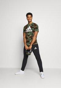adidas Performance - CAMO - T-shirts print - khaki - 1