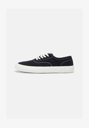 RETRO RUNNING - Sneakers basse - navy