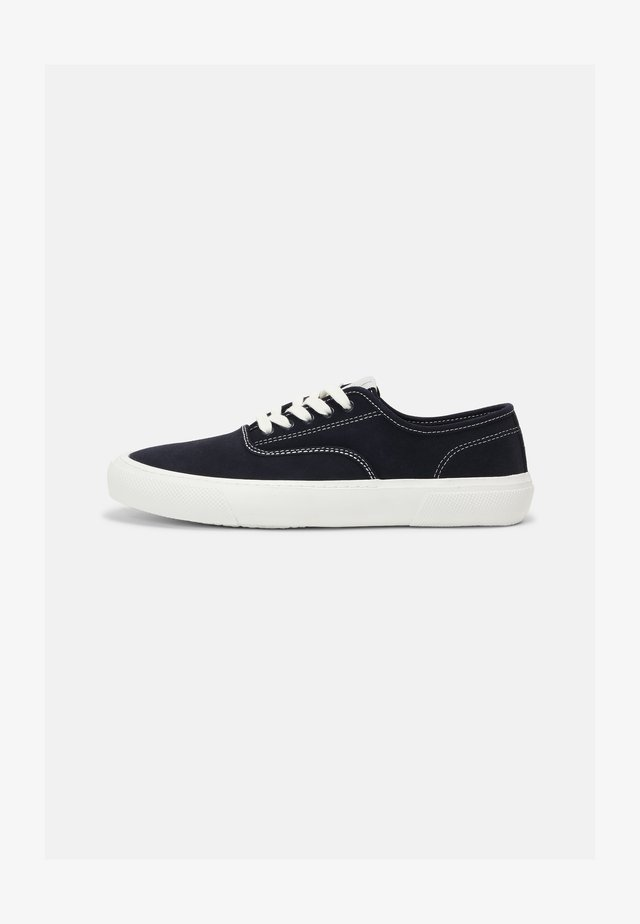 RETRO RUNNING - Baskets basses - navy