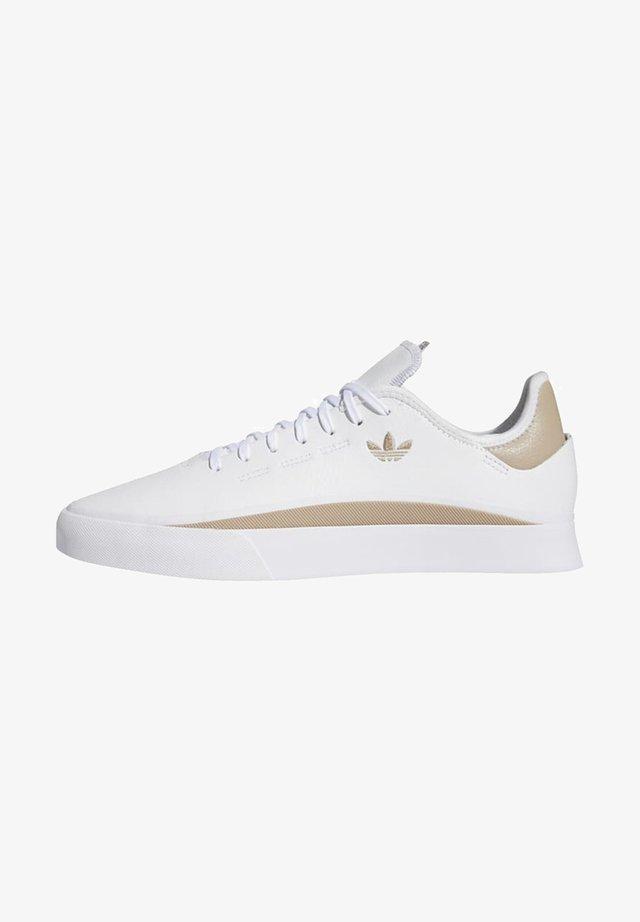 SABALO - Chaussures de skate - white
