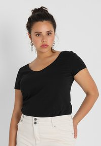 Zalando Essentials Curvy - T-shirt basic - black - 0