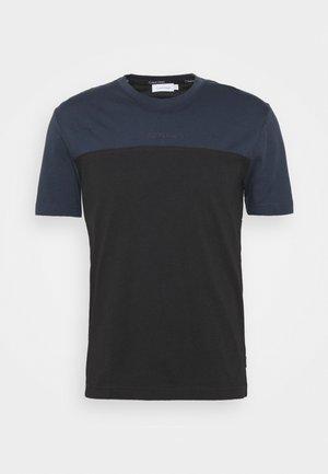 COLOR BLOCK - T-shirt con stampa - black/blue