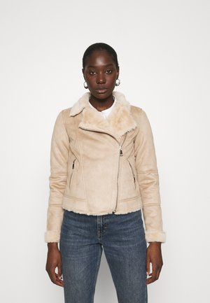 SHORT BIKER JACKET - Imitert skinnjakke - neutral