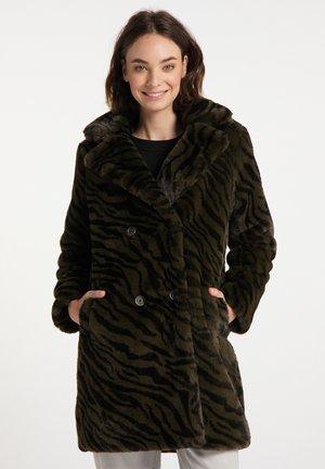 Winter coat - zebra