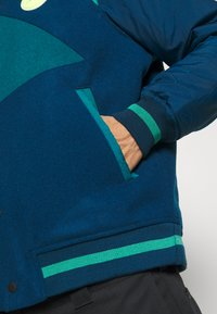 Jordan - Bomber Jacket - valerian blue/geode teal/neptune green - 5