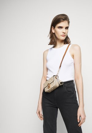 CORTINA SHOULDERBAG - Across body bag - mud